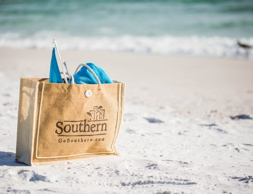 10 Must-Have Beach Bag Items